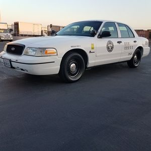 2001 Ford Crown Victoria police Interceptor for Sale in Montclair, CA