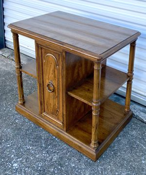 Side Table with shelves for Sale in Lexington, KY