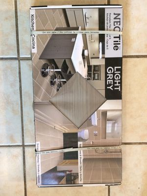 Neo Tile porcelain tile 4 boxes of 5 tiles covers 40 sq ft total light grey for Sale in St. Peters, MO