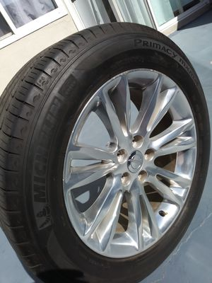 Great conditions rims tires wheels for Sale in Stanton, CA
