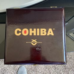 A Real Wooden Authentic Cigar Box for Sale in Alexandria,  VA