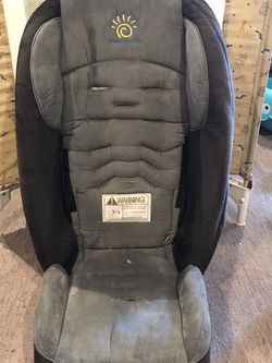 Sunshine Car Booster Seat for Sale in Renton, WA