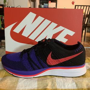 Nike Flyknit Trainer Mens 8 NEW for Sale in Irvine, CA
