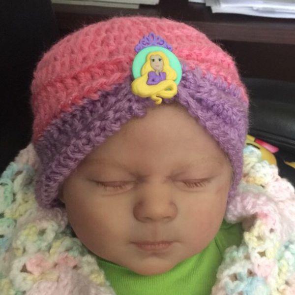 Baby beanie 0-3 months