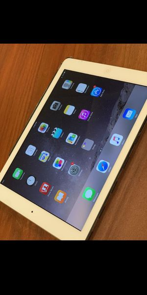 iPad air for Sale in Alexandria, VA