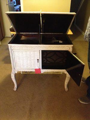 Antique white wicker Victrola. for Sale in West Monroe, LA
