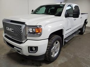2015 GMC Sierra 2500HD for Sale in Kent, WA