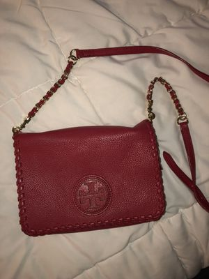 Tory Burch crossbody with gold hardware for Sale in Irvine, CA