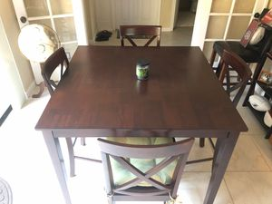 WOW!!! 5 piece high top kitchen table for Sale in North Palm Beach, FL