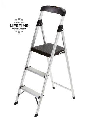4.5 ft. Aluminum Hybrid Ladder Step Stool for Sale in Coral Gables, FL