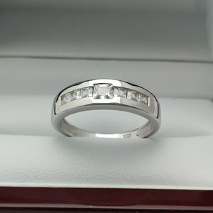 New with tag Solid 925 Sterling Silver MEN'S WEDDING Ring size 9/10/11/12 or 13 $125 OR BEST OFFER ** FREE DELIVERY!!!📦📫** for Sale in Phoenix, AZ