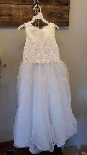 Flower girl dress size 5 for Sale in Everett, WA