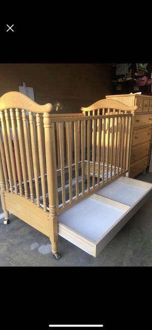 cc8c48fb822 New and Used Baby cribs for Sale in Corona