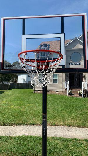 LIFETIME SHATTER PROOF BASKETBALL 10FT HOOP SYSTEM for Sale in Suffolk, VA