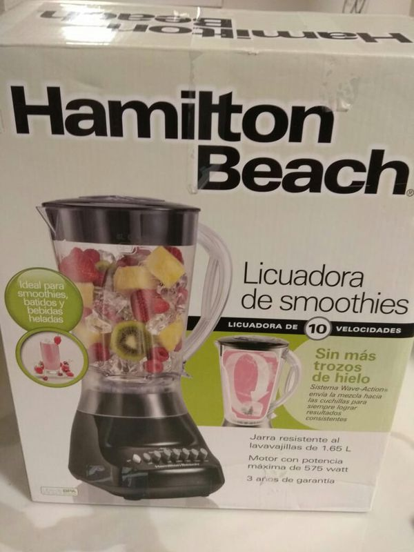 Smoothie blender with 2 free mugs