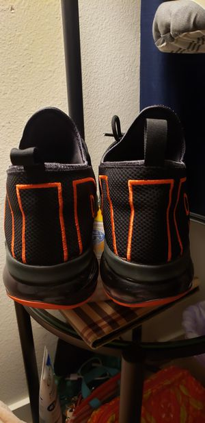 Nike Air Max size 12 for Sale in Riverside, CA