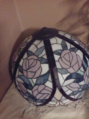 STAIN GLASS LAMP SHADE for Sale in Mauldin, SC