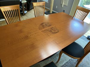 Dining Table & Chairs for Sale in Canton, MI