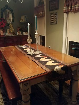 dining/kitchen table for Sale in Bensalem, PA