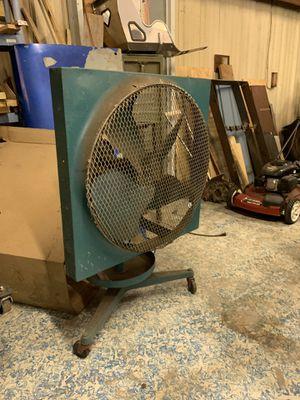 Antique shop fan for Sale in Tampa, FL