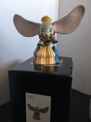 Enesco Grand Jester Studios Disney Dumbo Flying Over Circus Figurine for Sale in Los Angeles, CA