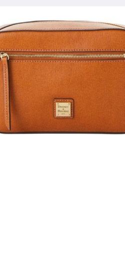 Dooney And Bourke Saffiano Leather Cross Body Bag for Sale in Columbus,  OH