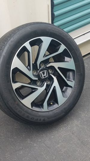 Honda civic original rim 👉only one👈 black/silver Honda civic rin original solo UNO for Sale in Huntington Park, CA