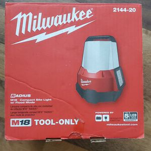 New Milwaukee M18 LED Light - Tool Only for Sale in Long Beach, CA