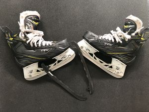CCM HOCKEY SKATES SIZE 4 with spare Blade Black steel runners for Sale in North Potomac, MD