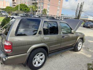 Nissan pathfinder for Sale in Biscayne Park, FL
