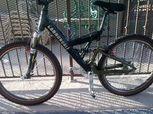 CANNONDALE BICYCLE, VERY GOOD CONDITION for Sale in Las Vegas, NV