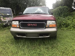 Parting out 2000 gmc for Sale in New Port Richey, FL