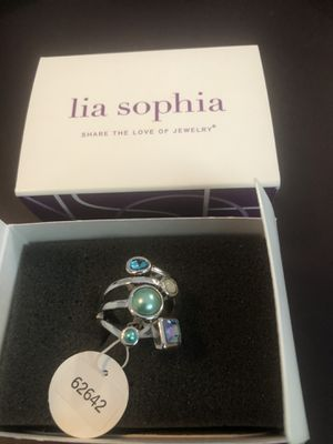 Lia Sophia Ring size 8 for Sale in Island Lake, IL