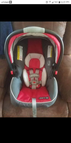 Graco snugride 35 for Sale in Joplin, MO