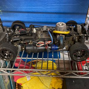 Traxxas 4tec 3.3 Or 2.5r for Sale in Spring, TX