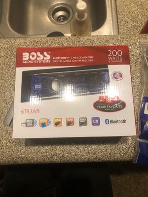 Boss radio and extras for Sale in Henderson, NV
