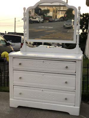 Vintage white mirror dresser for Sale in San Francisco, CA
