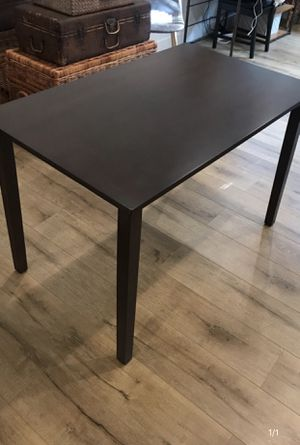 Brown Table for Sale in Los Angeles, CA