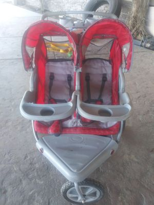 Double seated Jogging stroller for Sale in Hesperia, CA