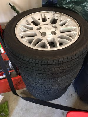 Jeep Cherokee wheels and tires for Sale in Stone Mountain, GA