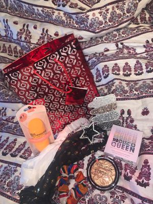 Beauty bag:) for Sale in KNG OF PRUSSA, PA
