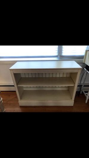 Ethan Allen bookcase white wash for Sale in Cheshire, CT