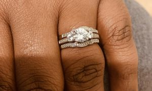 10k 3piece wedding ring for Sale in Clarksville, TN