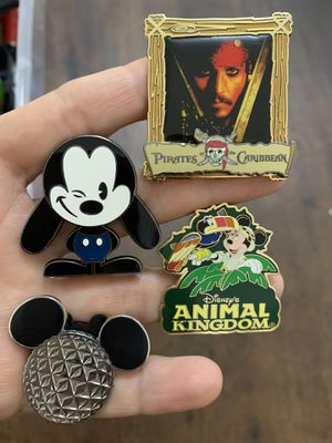 4 Disney pins for Sale in Pembroke Pines, FL