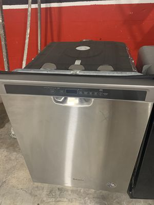 Dishwasher Whirlpool NEW for Sale in Hialeah, FL