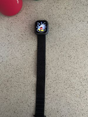 Apple Watch Series 4 40mm GPS + Cel for Sale in San Diego, CA