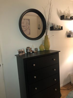 DRESSER + MIRROR SET for Sale in New York, NY