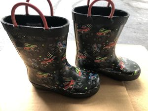 Rain boots boys size 9 for Sale in Mundelein, IL