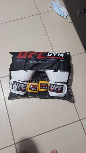 Ufc boxing gloves for Sale in Lockhart, FL