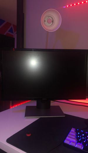 Dell 24 inch monitor for Sale in St. Louis, MO